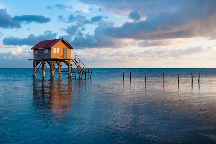 Ambergris-Caye,-Belize-Cayes