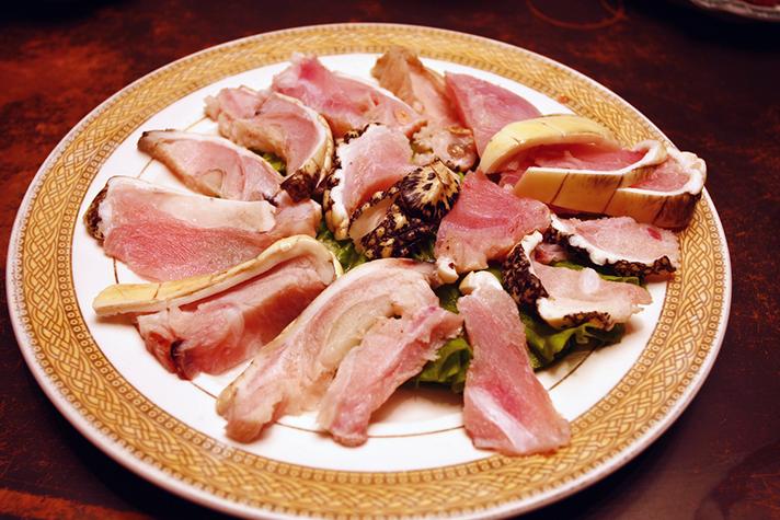 8 Oddest Food Items Alligator Meat
