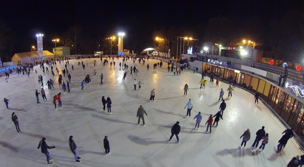 Outdoor Ice Skating Rinks around the World